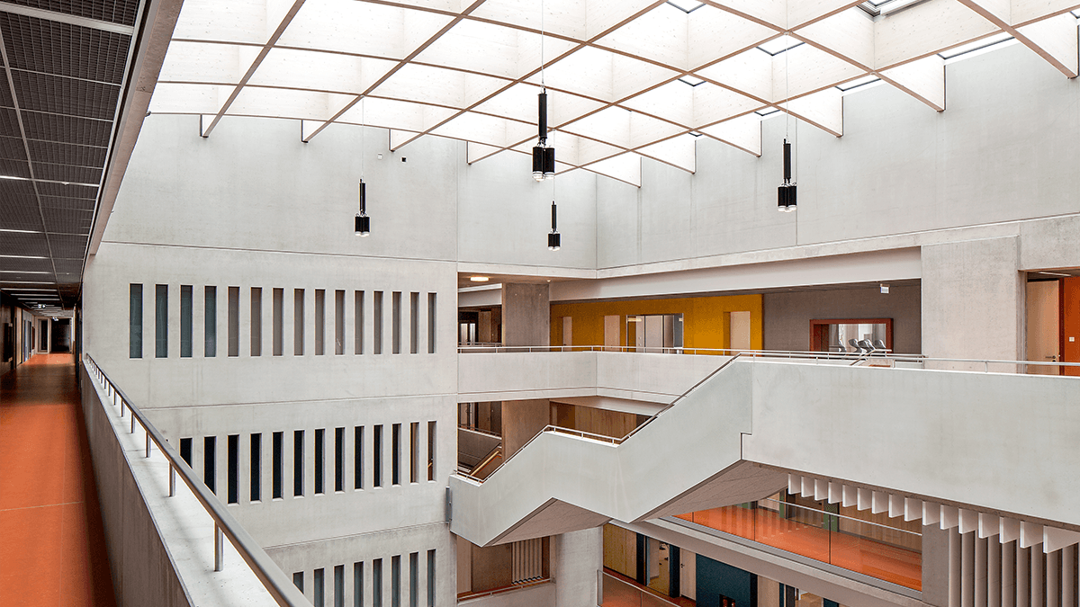 LAMILUX Passivhaus Solutions at the Willibald-Gluck Secondary School in Neumarkt i.d. Opf. (Bavaria, Germany)